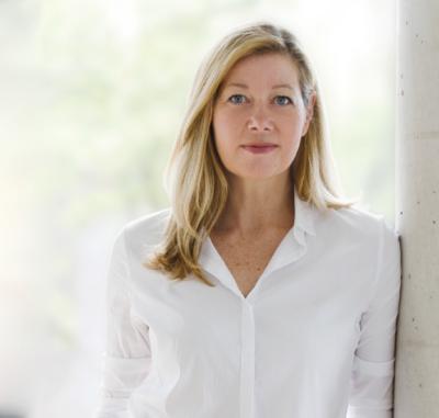 Abbildung zeigt Profilbild von Frau Gaby Willeczelek - Inhaberin und Geschäftsführerin Graphix Düsseldorf